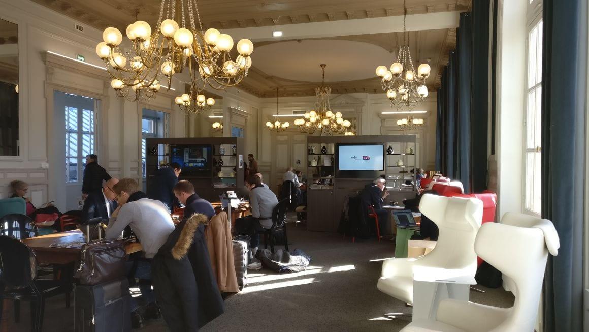Bahn Comfort Status Lounge Zugang SNCF