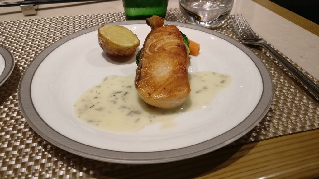 Singapore Airline First Class Lounge Hongkong Dinner 2