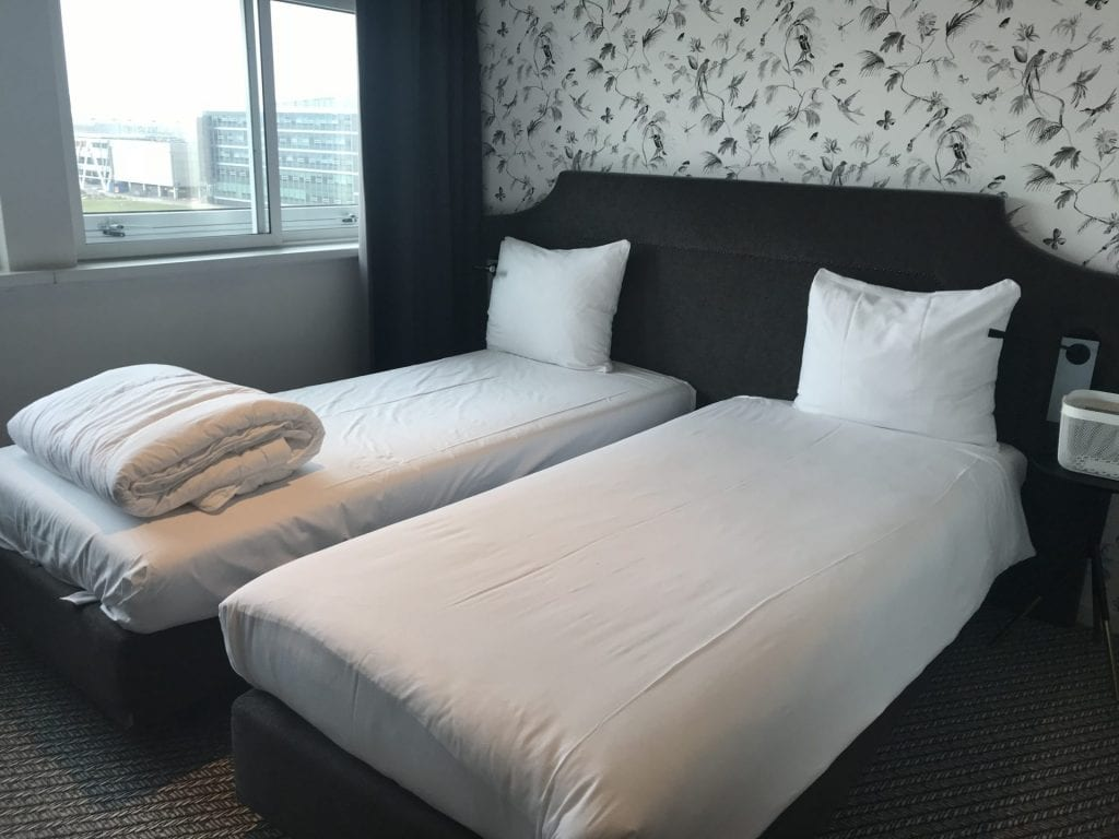 Tulip Inn Amsterdam Airport Bett