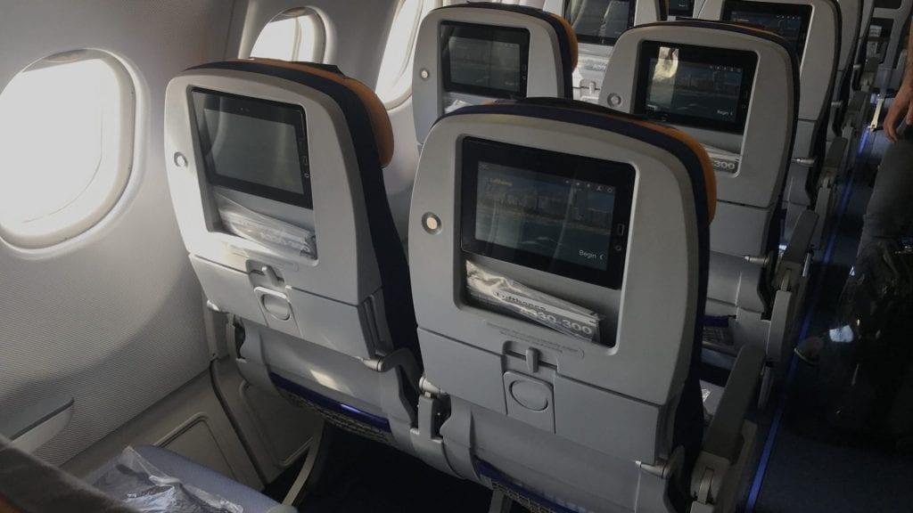 lufthansa economy class langstrecke airbus a330 sitze 3