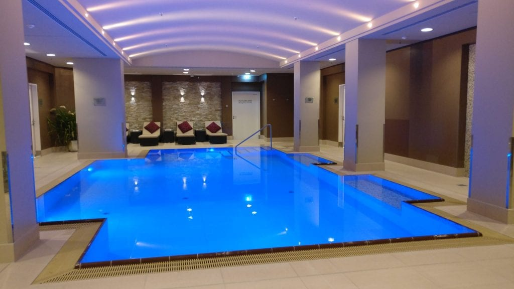 marriott berlin pool 2