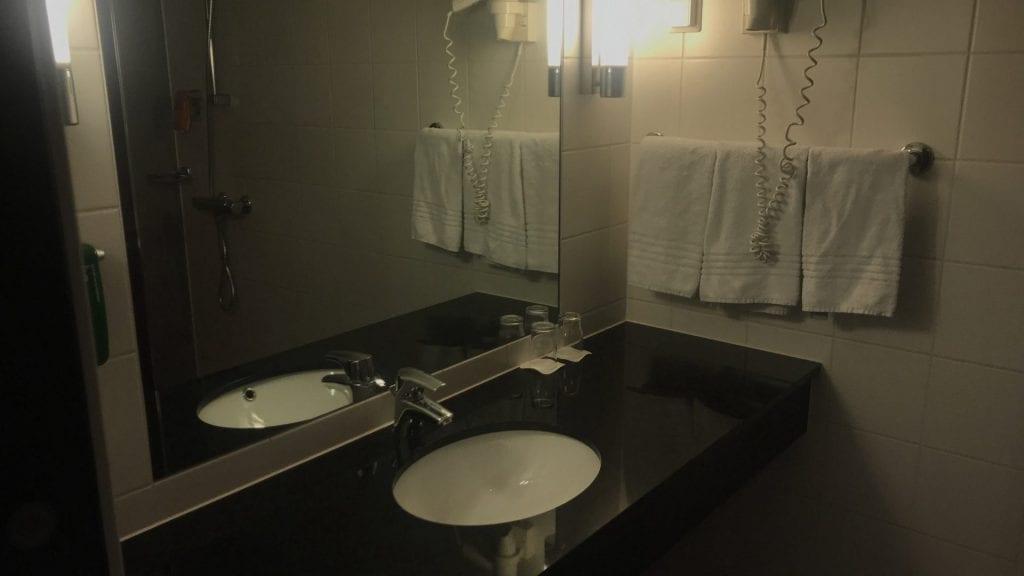 park inn oslo airport badezimmer