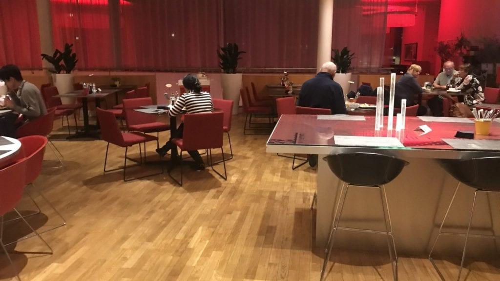 park inn oslo airport restaurant