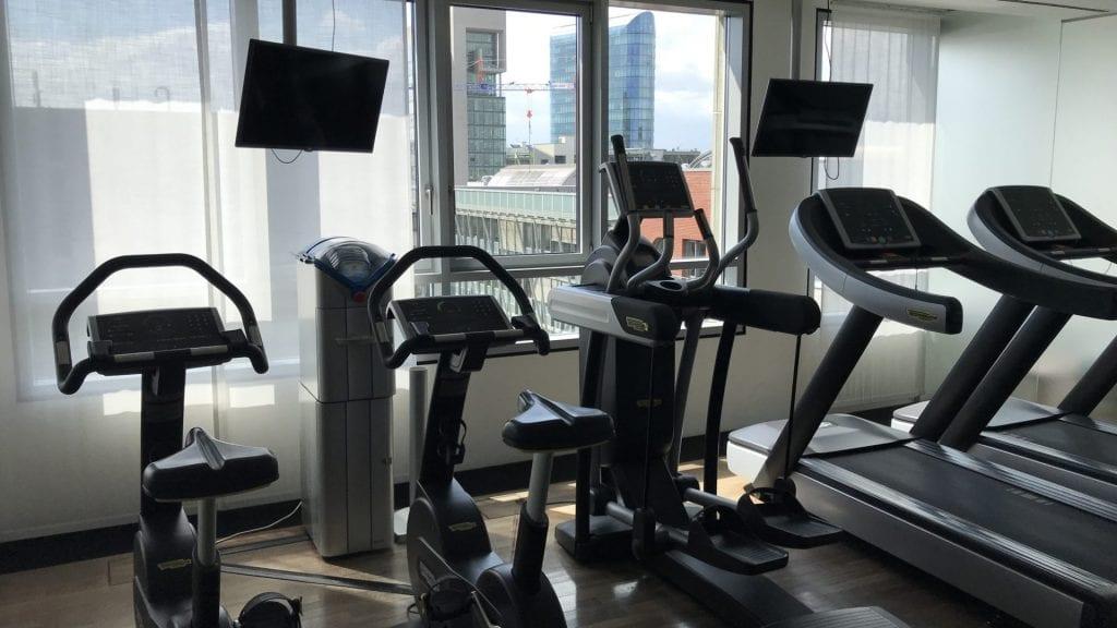 radisson blu düsseldorf media harbour gym