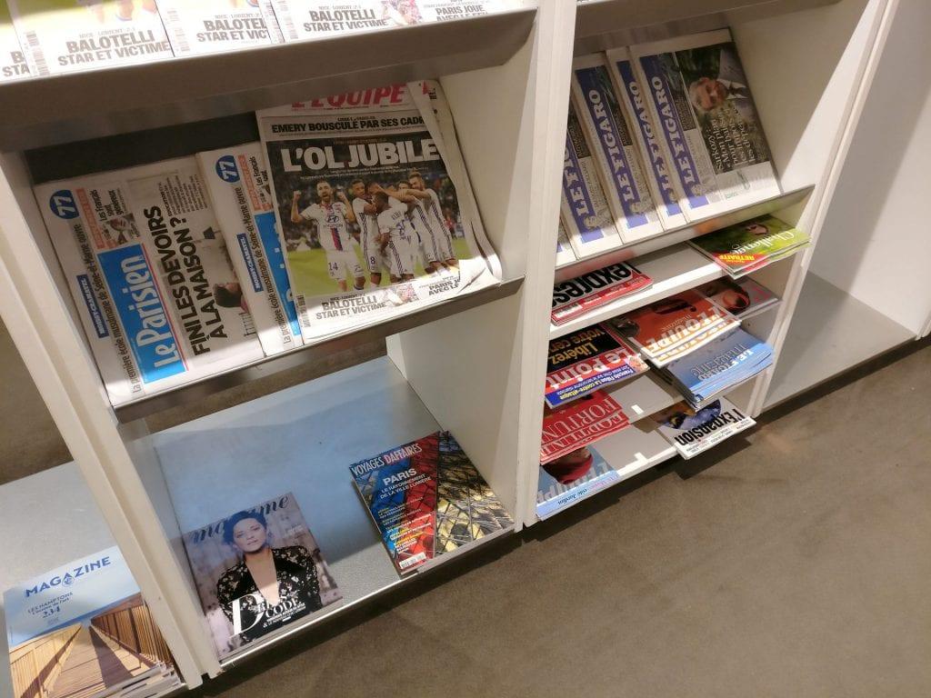 Air France Lounge München Zeitungen 2