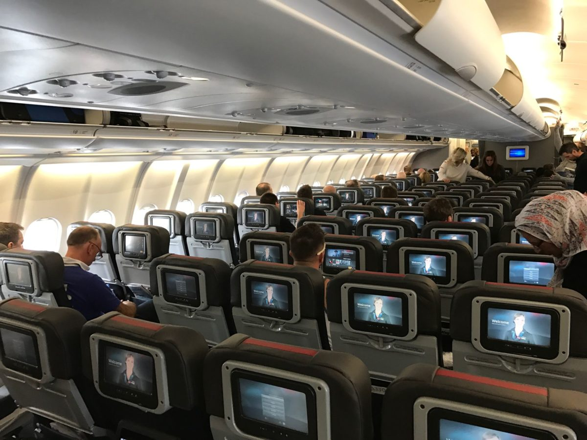 Review American Airlines Economy Class Langstrecke
