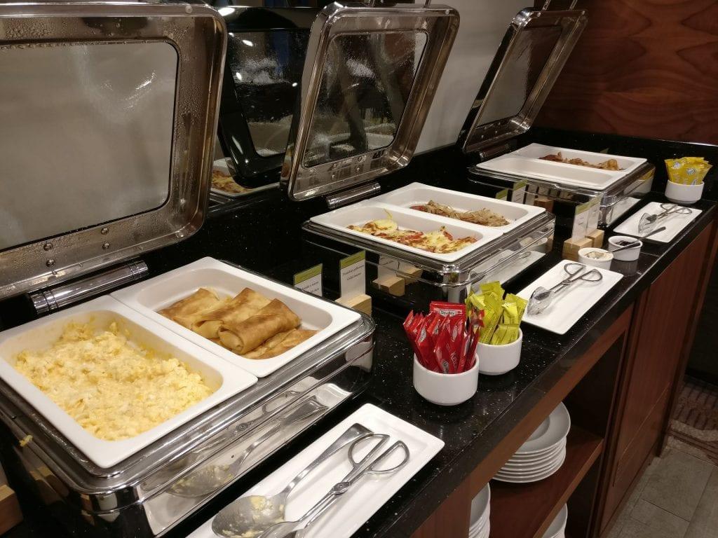 DoubleTree Warschau Convention Centre Lounge Breakfast 5
