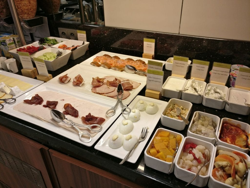 DoubleTree Warschau Convention Centre Lounge Breakfast 6