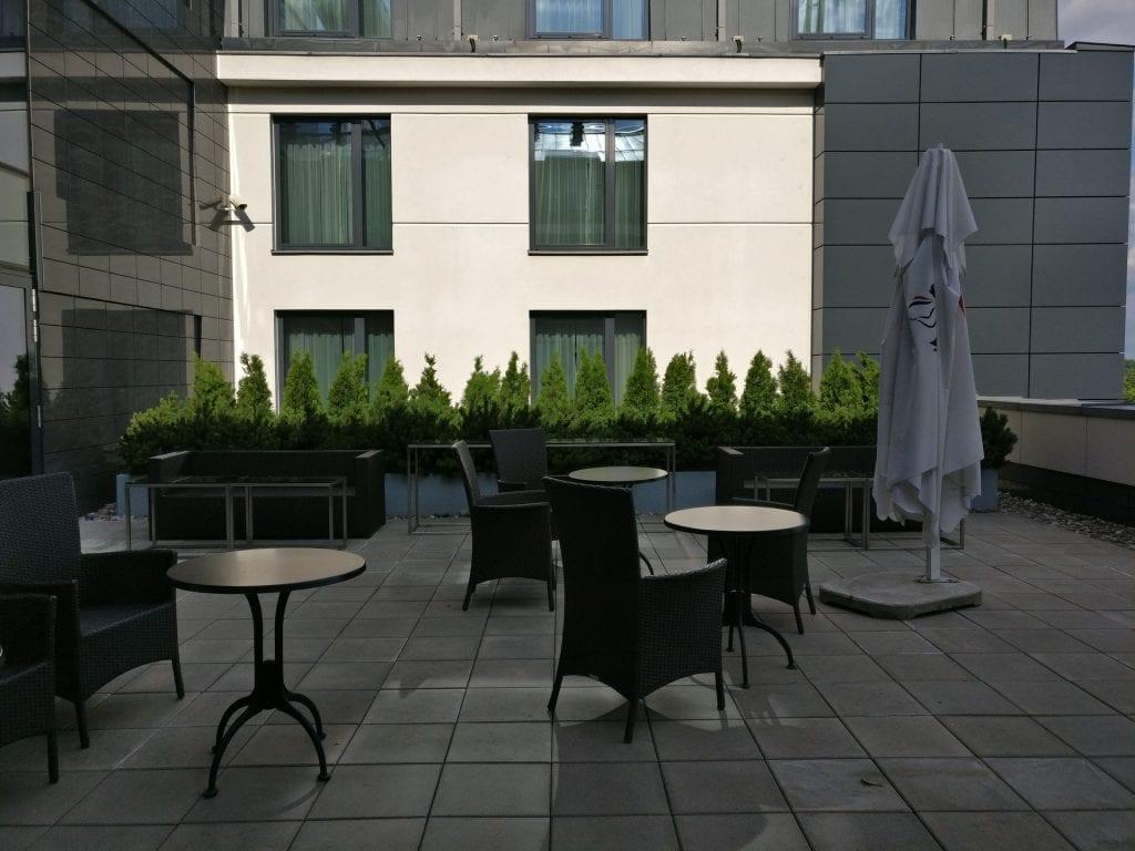 DoubleTree Warschau Convention Centre Lounge Terrace