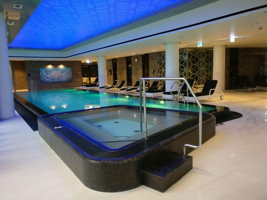 Hilton Tallinn Park Pool 4