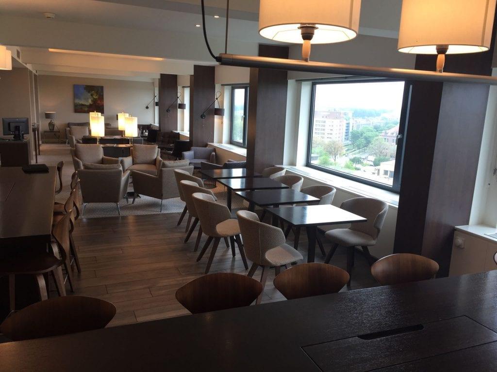 Marriott Den Haag Executive Lounge Essbereich