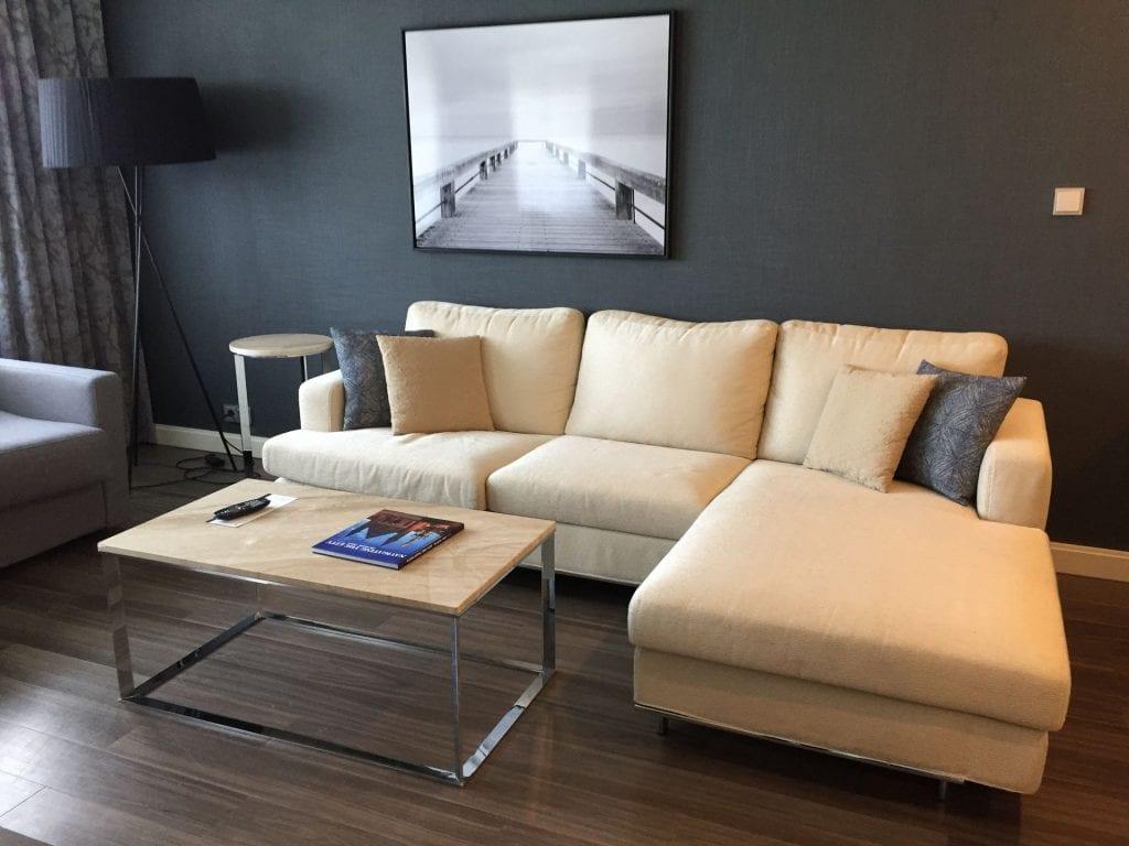 Marriott Den Haag Junior Suite Wohnzimmer 1