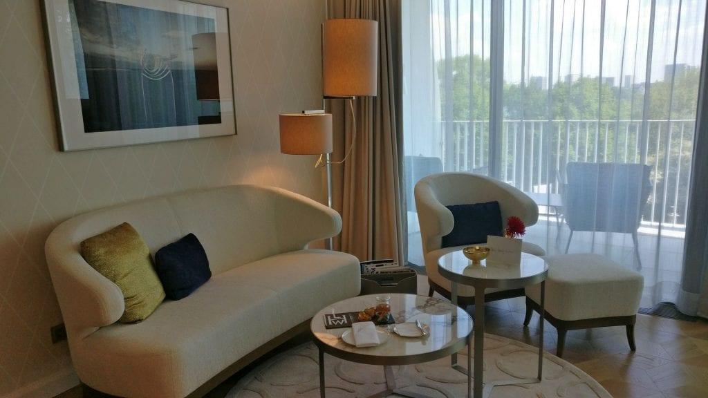The Fontenay Hamburg Deluxe Room 6