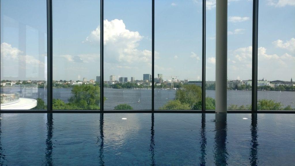 The Fontenay Hamburg Pool 3