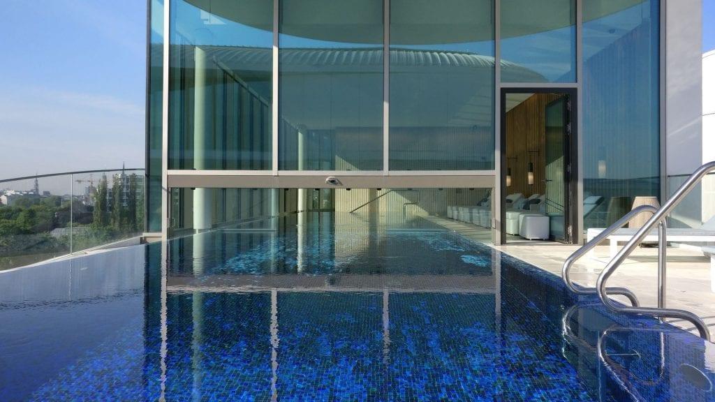 The Fontenay Hamburg Pool 6