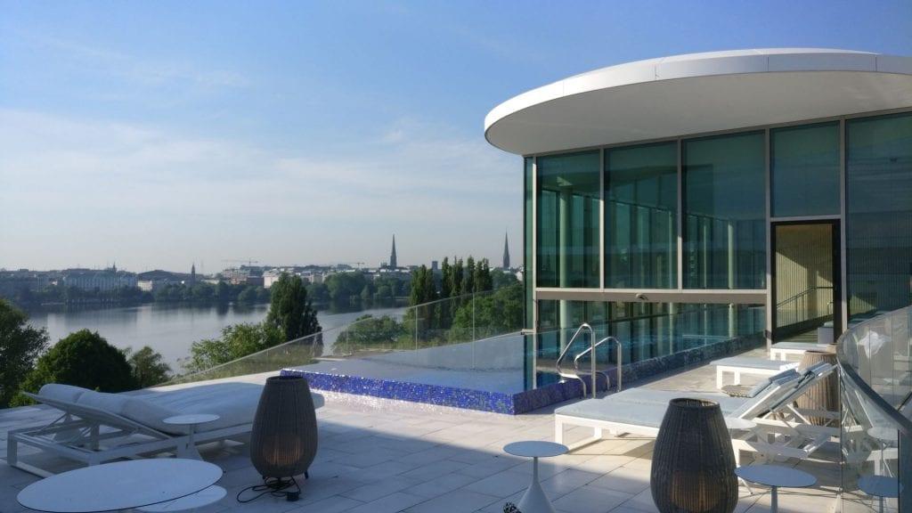 The Fontenay Hamburg Pool 8