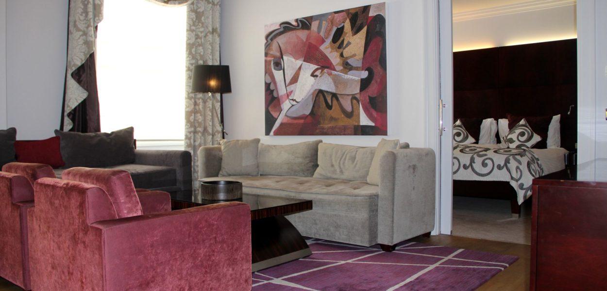 The Grand Mark Prag Executive Suite 6