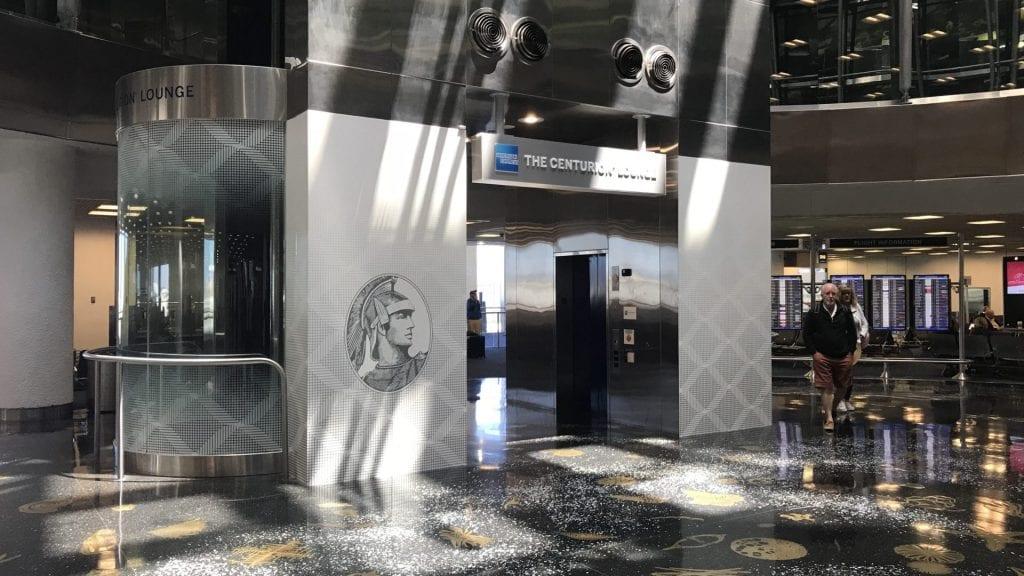 american express centurion lounge miami eingang