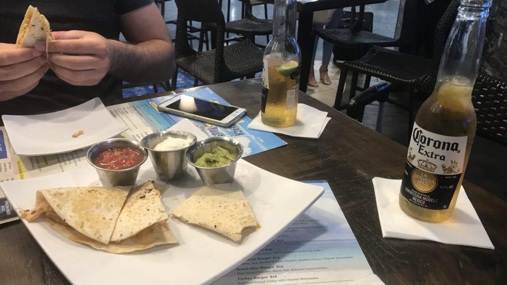 Review Corona Beach House Miami Airport Priority Pass