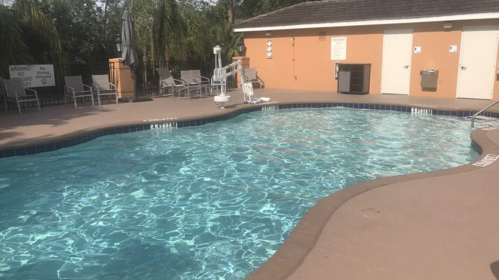 holiday inn express bonita spring pool