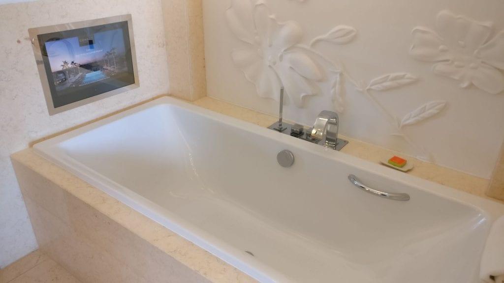 Conrad Algarve Grand Deluxe Room Bathroom 2