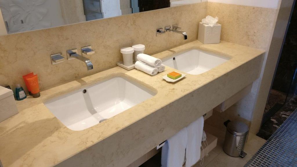Conrad Algarve Grand Deluxe Room Bathroom 3