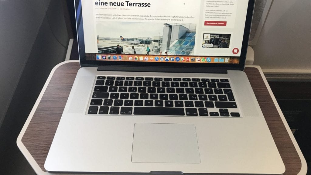 Thai Airways Business Class A350 - Tisch Laptop