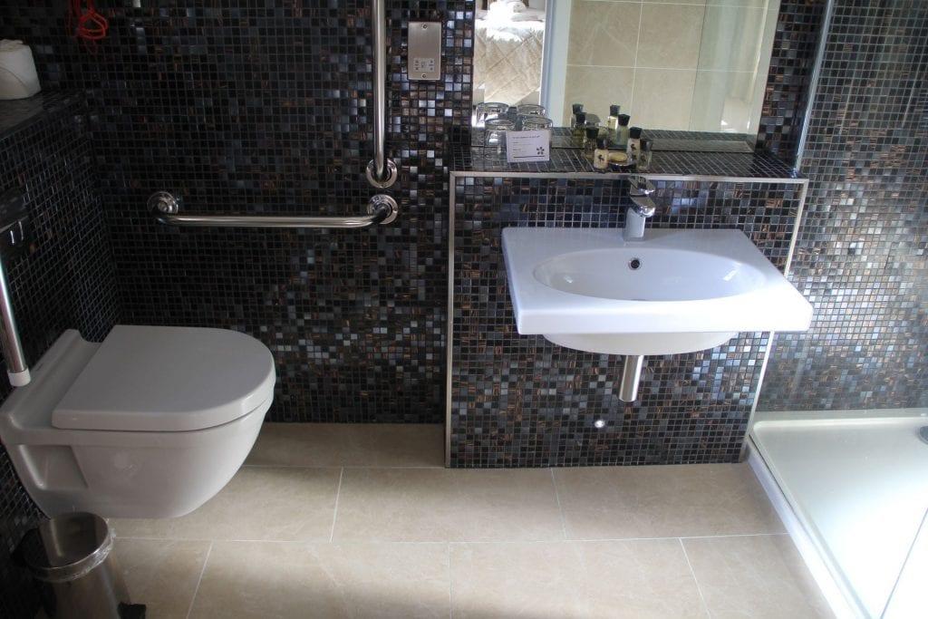 The Llawnroc Hotel Gorran Haven Standard Room Bathroom