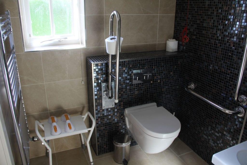 The Llawnroc Hotel Gorran Haven Standard Room Bathroom 2