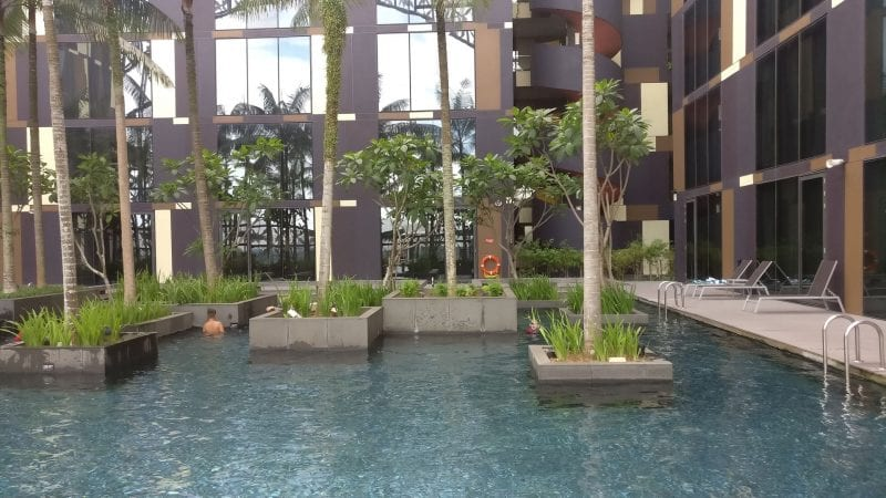 Crowne Plaza Singapur Changi Airport Pool 3