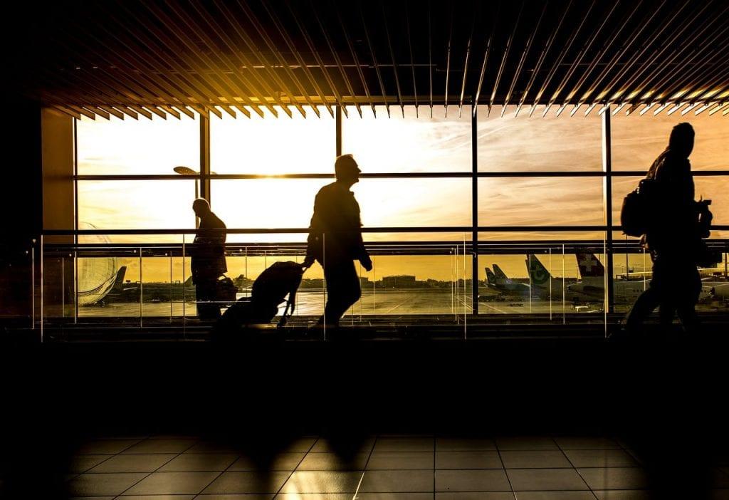Mit Baby Fliegen Flughafen