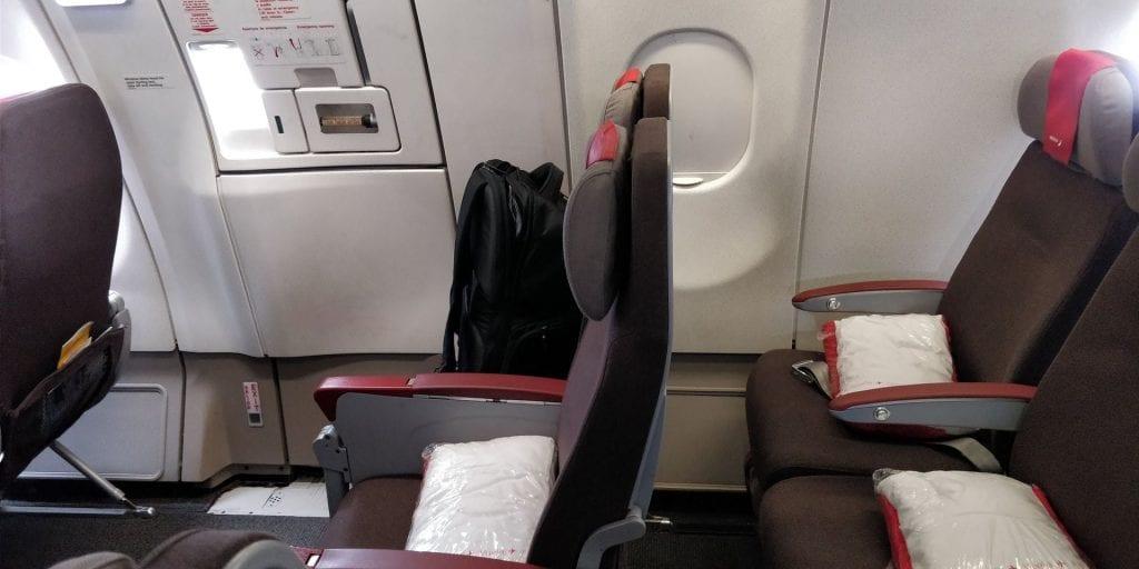 Iberia Economy Class Langstrecke Airbus A340 Sitze Notausgang