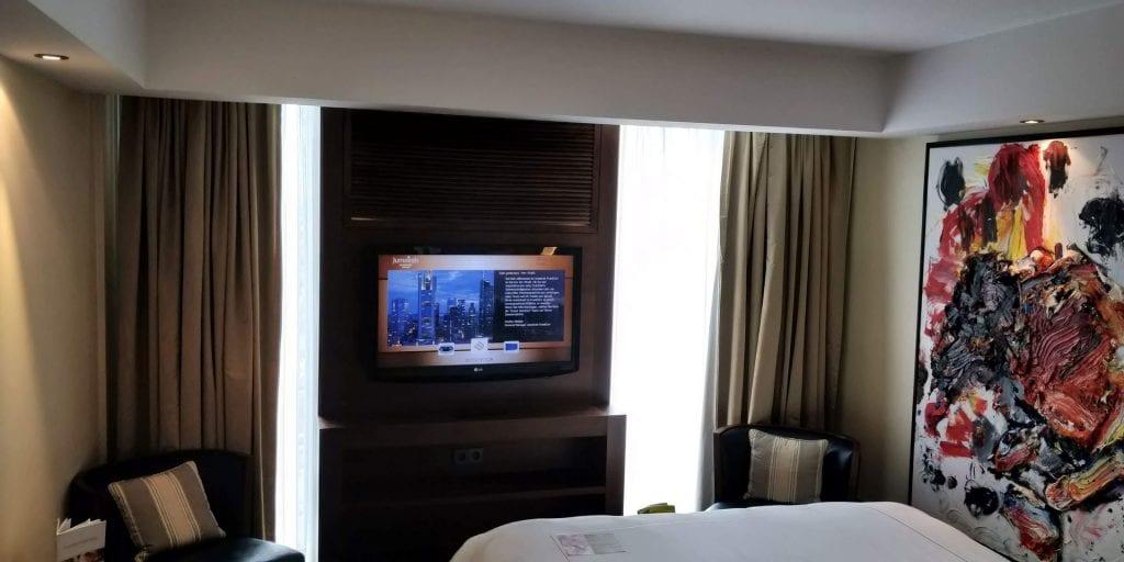 Jumeirah Frankfurt Zimmer Bett