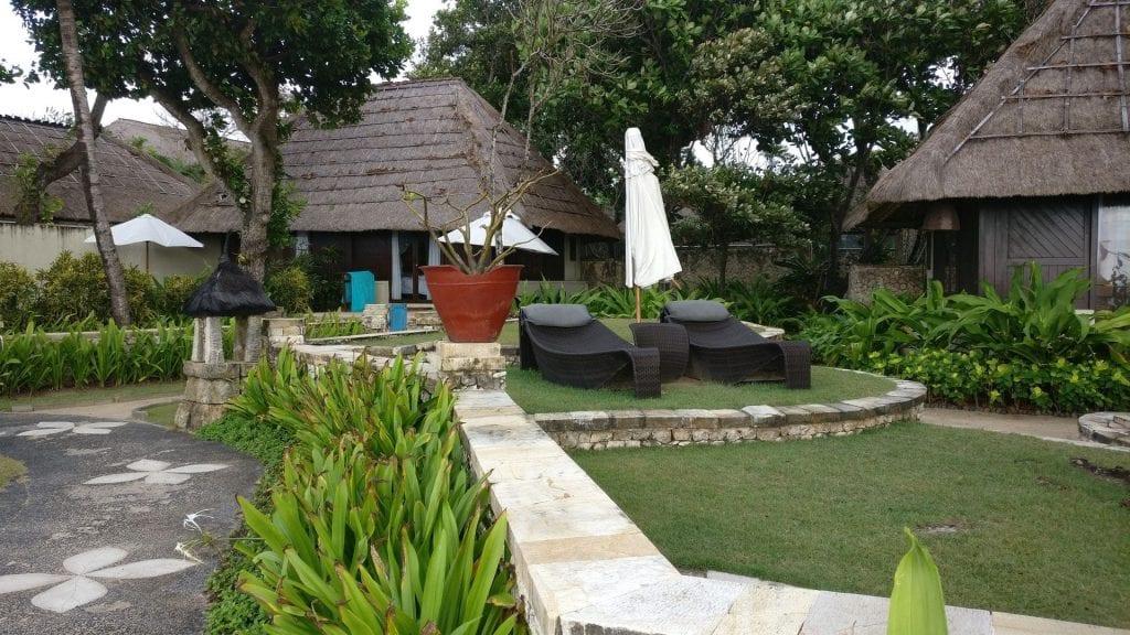 Novotel Bali Benoa Beach Cabana Garten