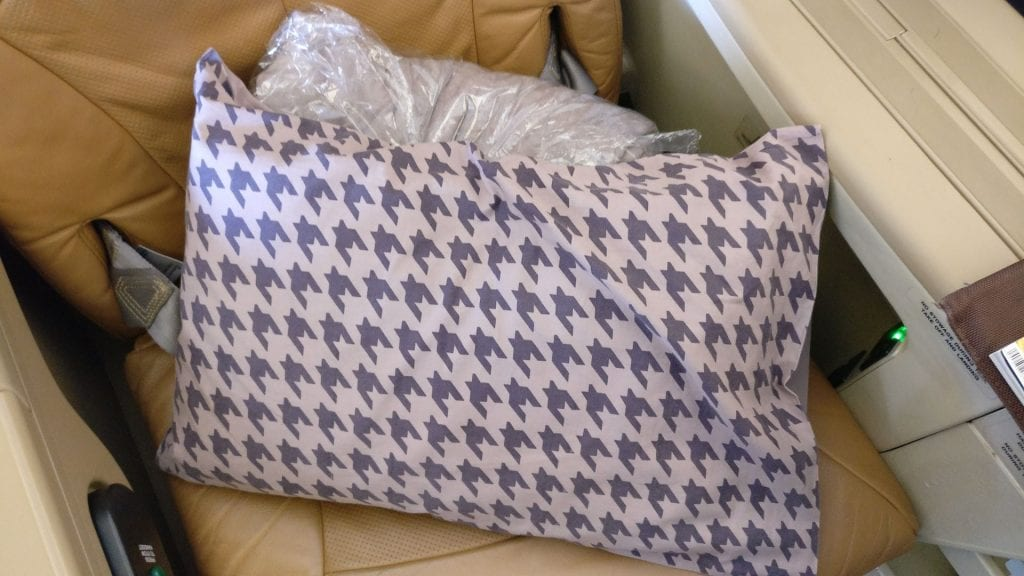 Singapore Airlines Business Class Airbus A330 Bettzeug