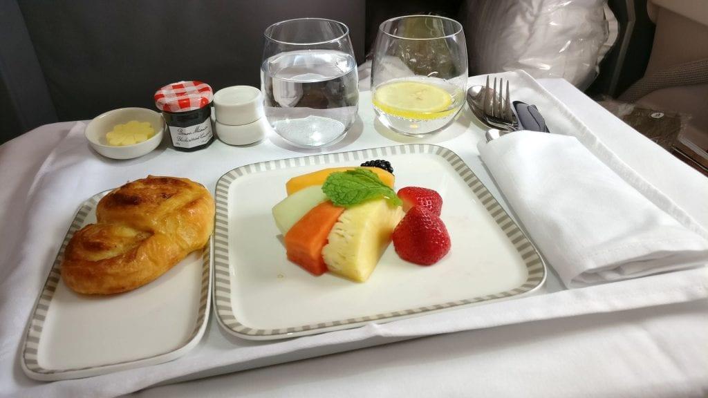 Singapore Airlines Business Class Airbus A380 Frühstück
