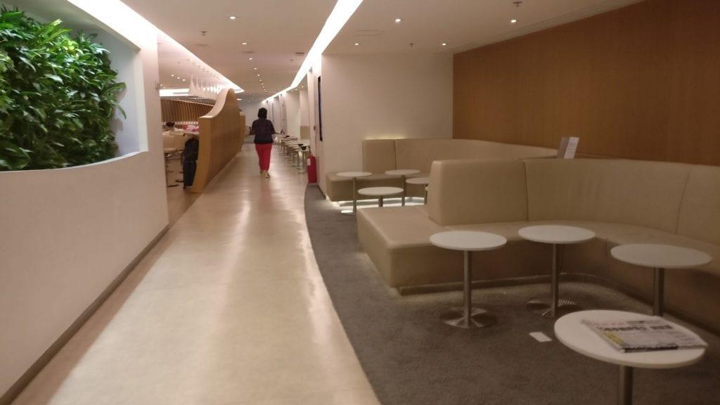 SkyTeam Lounge Hongkong 4