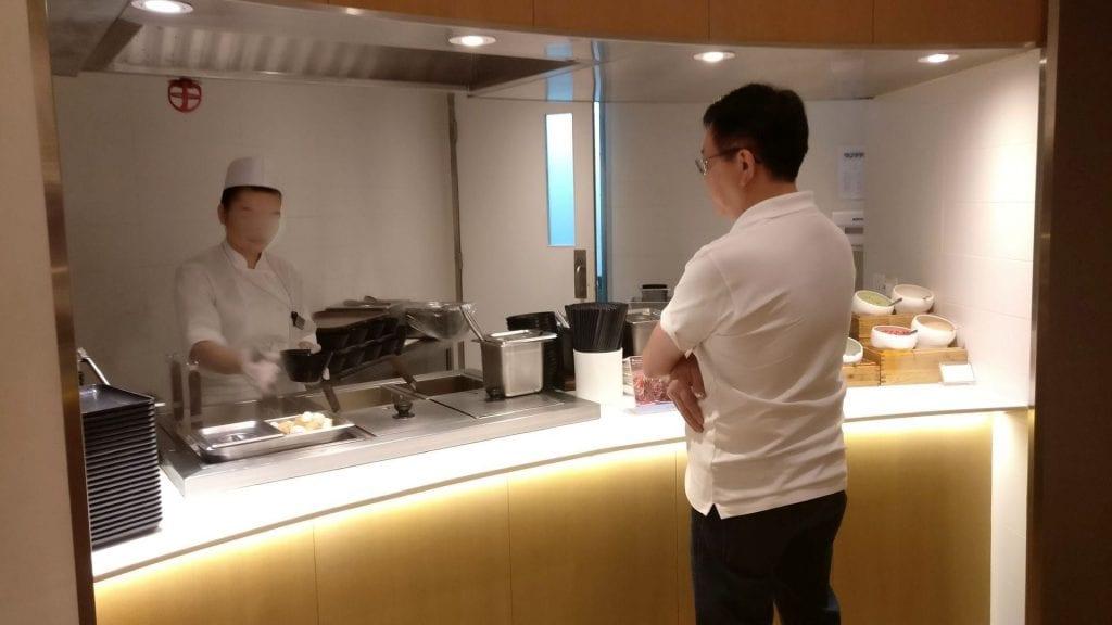 SkyTeam Lounge Hongkong Live Cooking