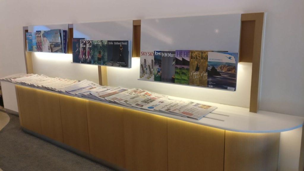 SkyTeam Lounge Hongkong Magazine