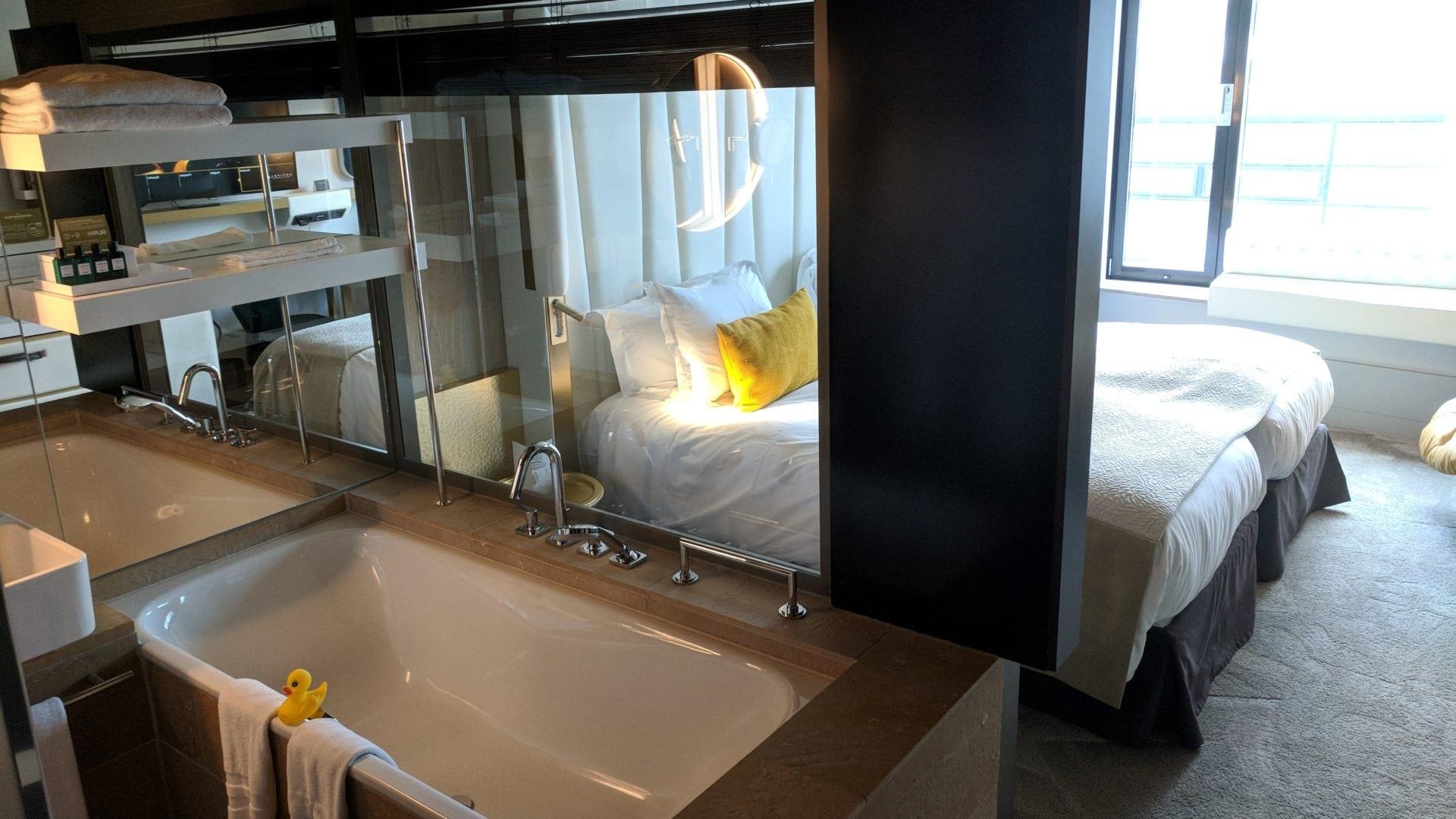 Offenes Badezimmer Hotel