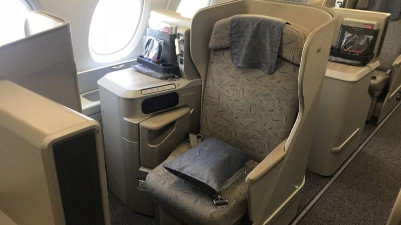 Asiana Business Class Airbus A380 Gang Fenster Platz