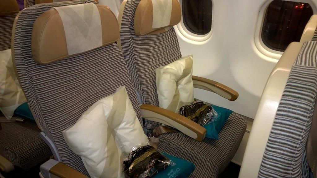 Etihad Economy Class Airbus A330 Sitze 2
