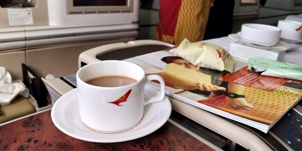 Air India Business Class Boeing 787 Kaffee