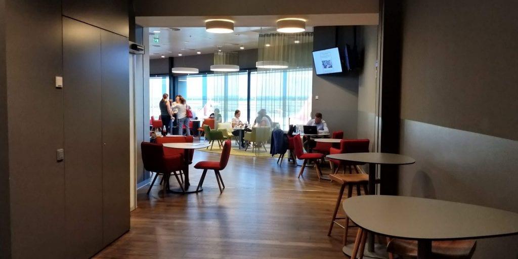 Austrian Airlines Business Class Lounge Wien Non Schengen Eingang Raum