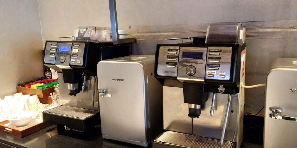 ITC Hotels Green Lounge Delhi Kaffee