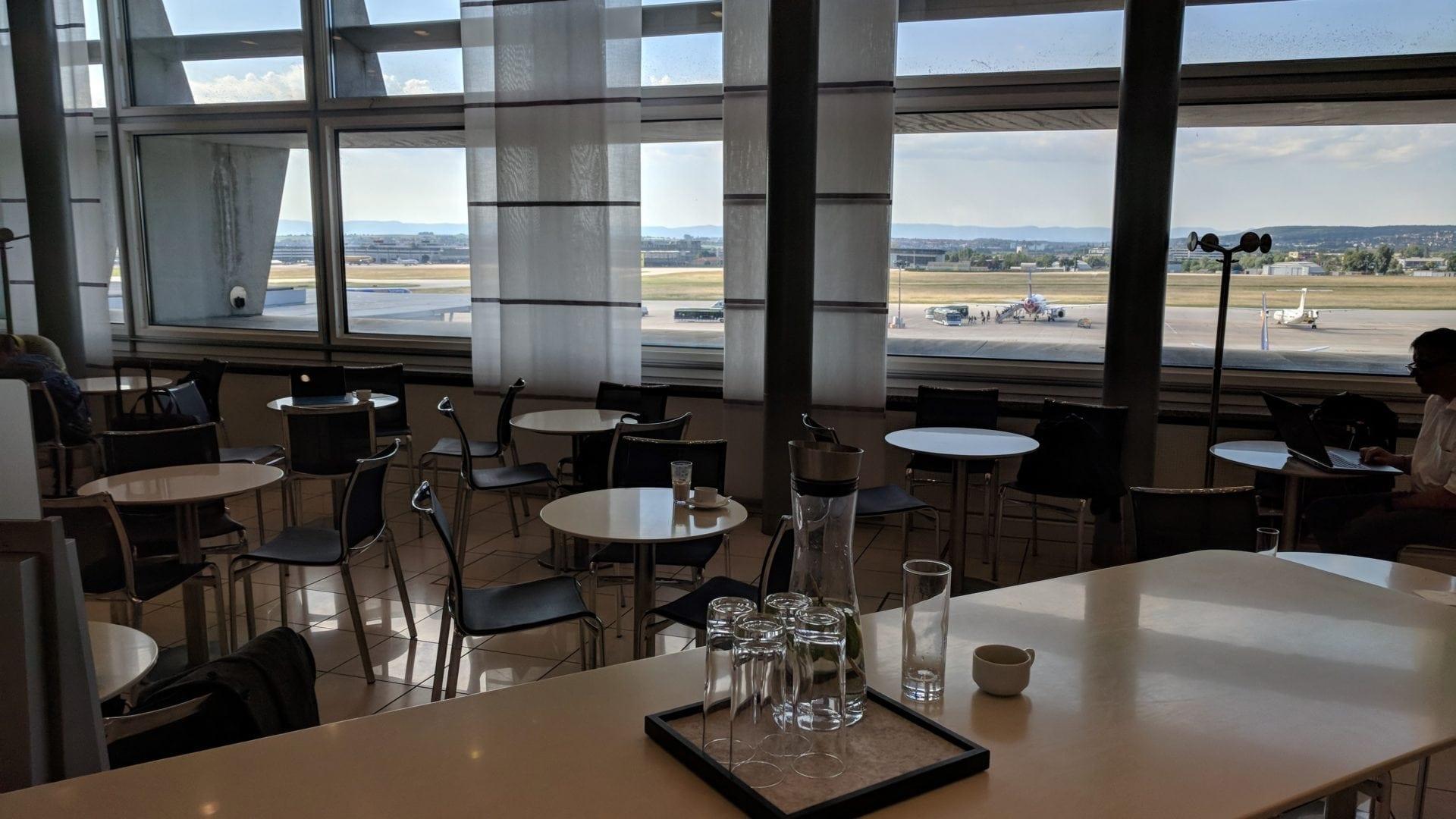 Lufthansa Business Lounge Stuttgart Aussicht