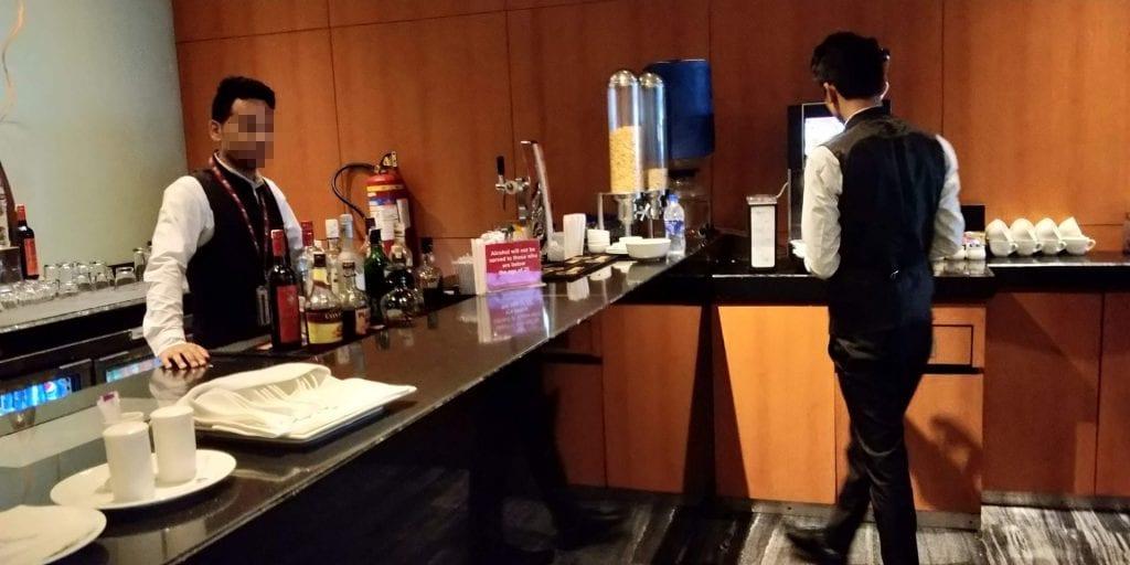 Plaza Premium Lounge Delhi Bar