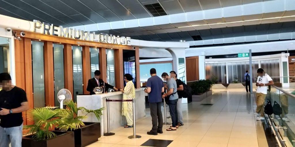 Plaza Premium Lounge Delhi Eingang