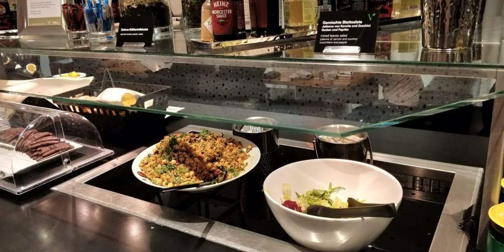 SKY Lounge Wien Essen Buffet