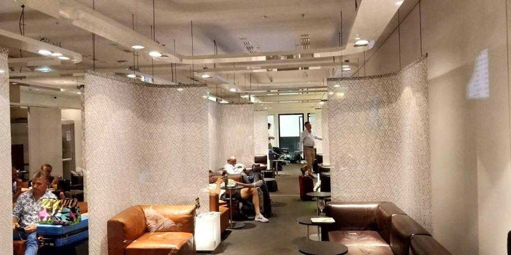 SKY Lounge Wien Sitze Raum